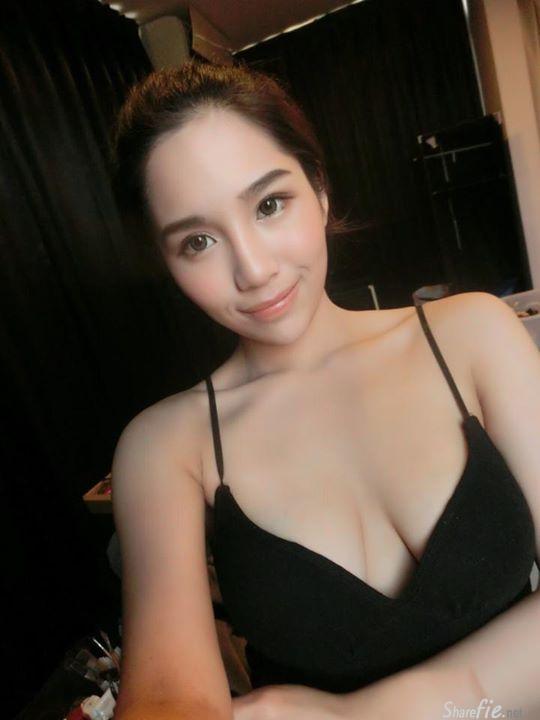 32E奶 性感正妹 莊詠婷