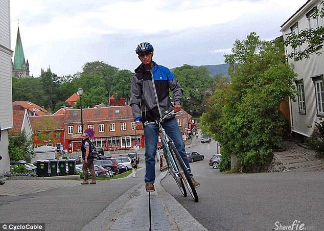 脚踏车救世主!全球第一个脚踏车自动扶梯,让你上斜坡不费吹灰之力