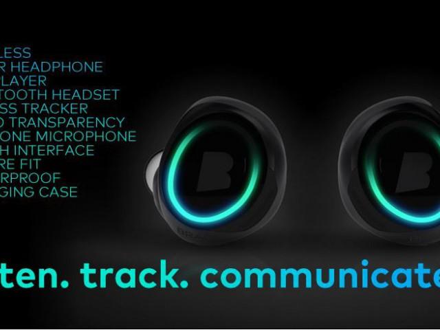 世界第一款无线蓝牙入耳式(in-ear) 耳机。带有4GB储存,无需连接电话也能听歌。除了听歌,它还可以帮你测量心跳,体温等