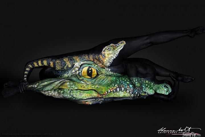 看看人体彩绘大师如何把身体曲线融合成一幅幅鲜艳夺目的野生动物画作