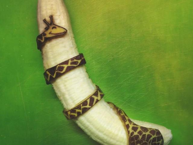 20张有趣香蕉皮艺术创作。玩香蕉皮的最高境界