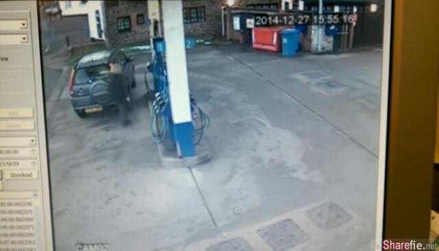 油站闭路电视拍下一位女子添油时做了这样的事,看完所有人都惊呆