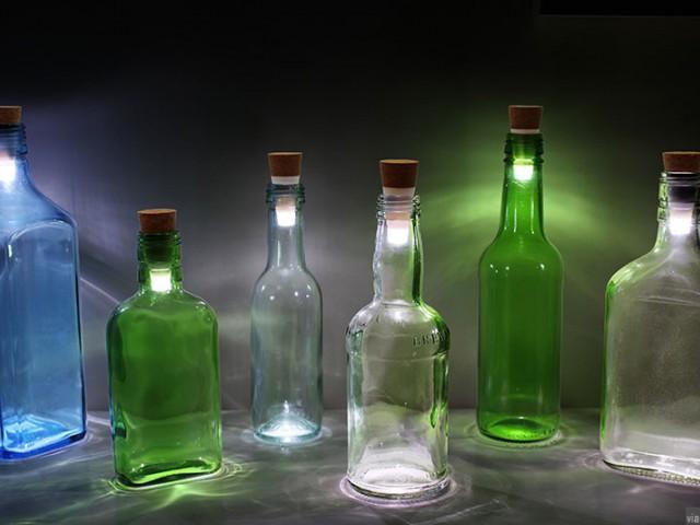 喝完的酒瓶不要丢掉,可以把它变成浪漫的烛光灯