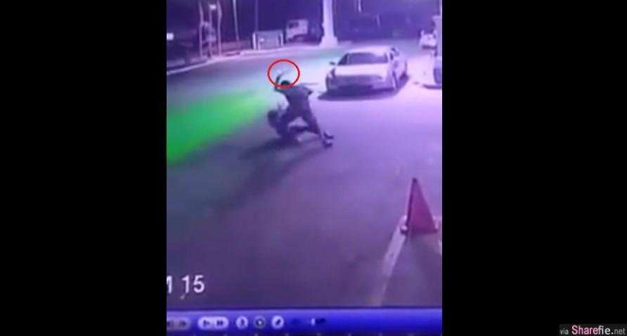 一名女子油站深夜遭强劫,抢匪亮刀但女子不顾安危與匪徒周旋到底,过程被闭路电视监控摄下