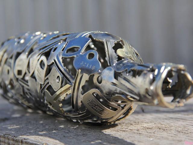 再造艺术品,旧钥匙改造成独特的创艺雕塑