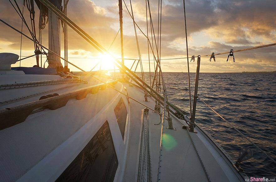 太疯狂!美国一对夫妻卖掉所有家产买了一艘游船,带上猫咪一起浪漫的环海旅游