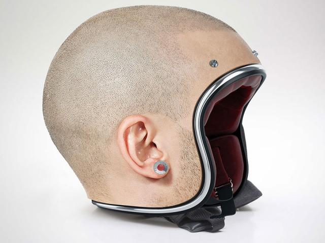这款以光头为设计的头盔看起来很前卫!交警:是要我分辨光头佬有没有戴头盔吗