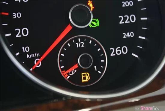 油表灯亮了,却还找不到加油站怎么办?只要这简单7招帮你渡过难关,长知识了