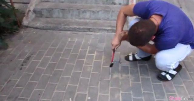 一名俄罗斯男子听到地下传来了哀嚎怪声,立即撬开地砖, 里面竟然是。。太残忍了