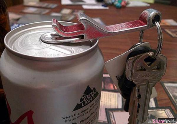 12个不知道会后悔的生活妙招!开瓶器钥匙圈凹槽原来是这么用,行李在机场遗失了怎么办?