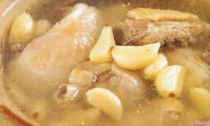 超好喝!原来要这样炖鸡汤才正确,只要简单3步骤,六星级美味鸡汤立刻端上桌!!
