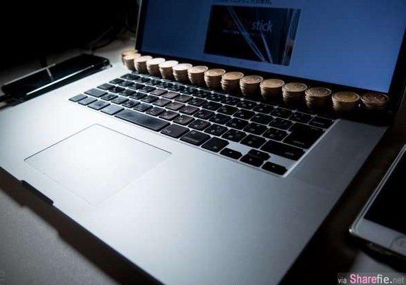 他在苹果笔电上放了一堆硬币,网友知道原因后也跟着学, 原来他是为了...