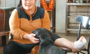 救狗一命 1年后…狗也救她命
