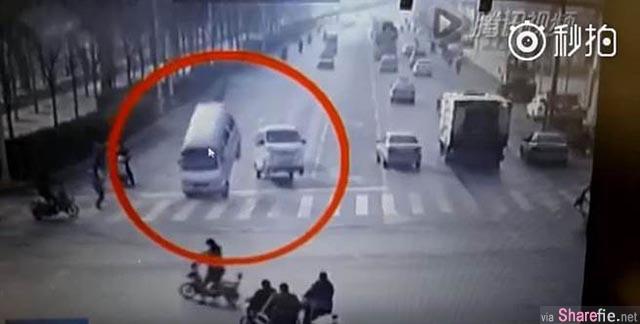 监视器中汽车被诡异抬起 警方调查后发现原因竟是。。。