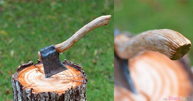 当这把斧头噼开那木桩后,我才发现里面竟然...原来这是一个....