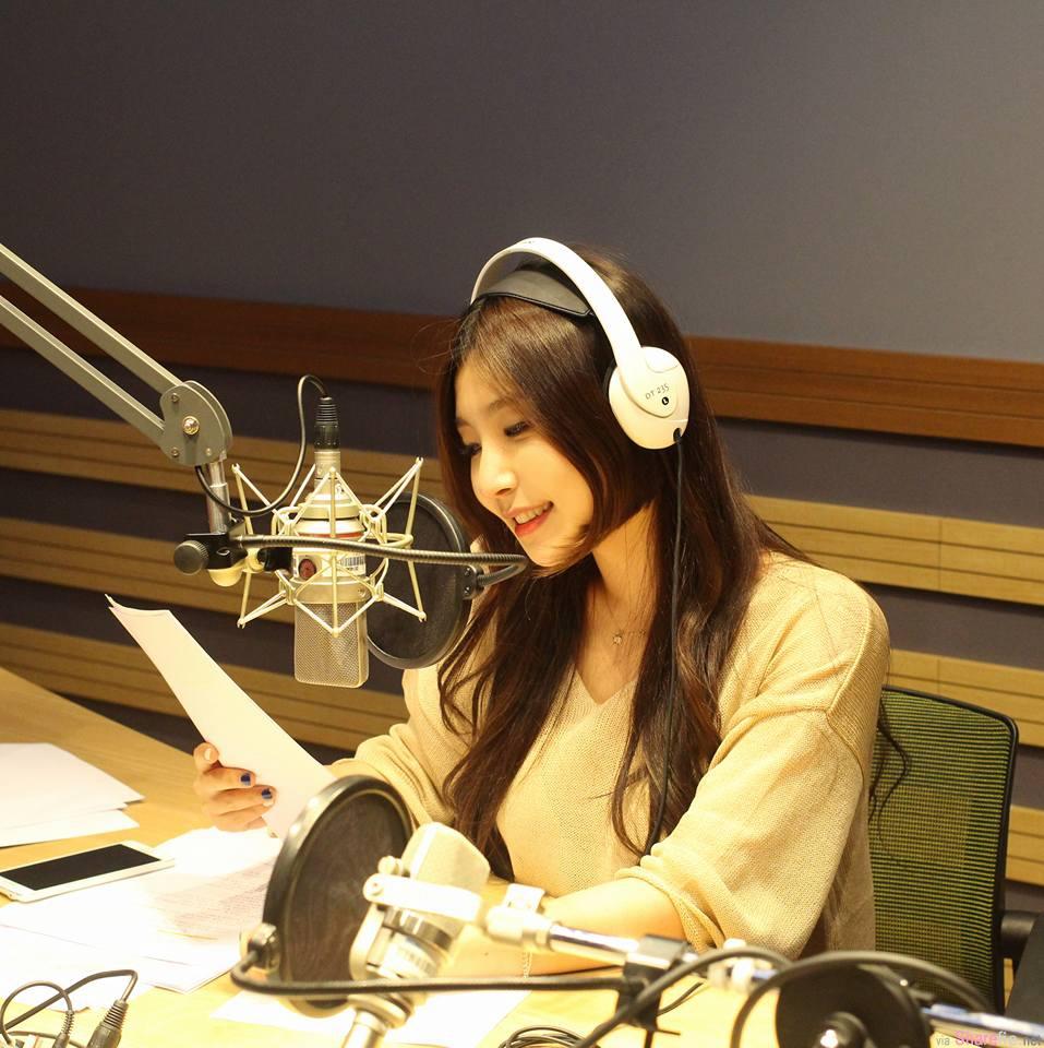 韩国视讯美女主播
