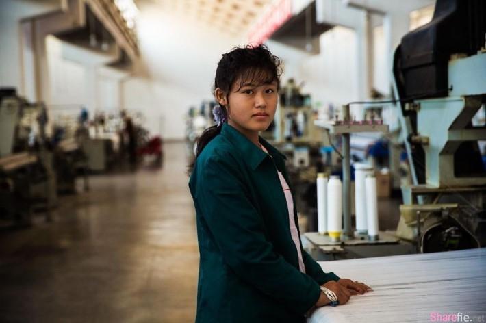摄影师镜头下的「北韩素人美女」,可以再笑得更灿烂