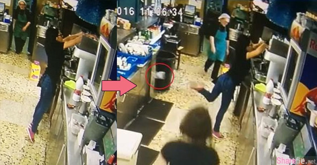 Goal ! 当玻璃杯掉下即将摔破...这名女服务生使出的神救援 让在场人超惊艷