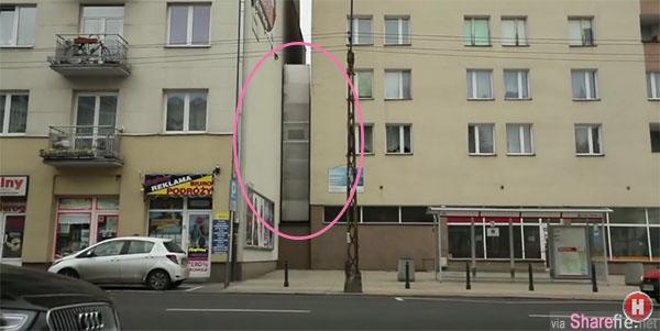 这两栋公寓的中间竟然藏有一间房子,走进一看,里面根本是五脏俱全啊!