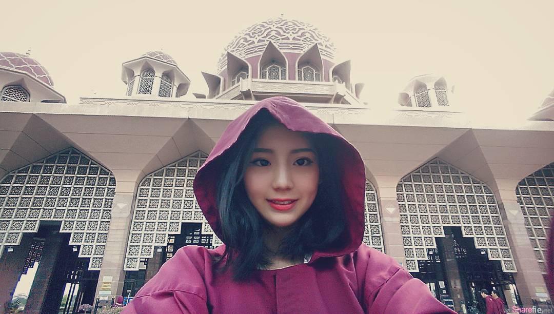 台湾正妹空姐 natalie 五官精緻皮肤白皙惹人爱