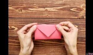 这个看似简单的信封 收到的人打开后会突然感觉满满的爱