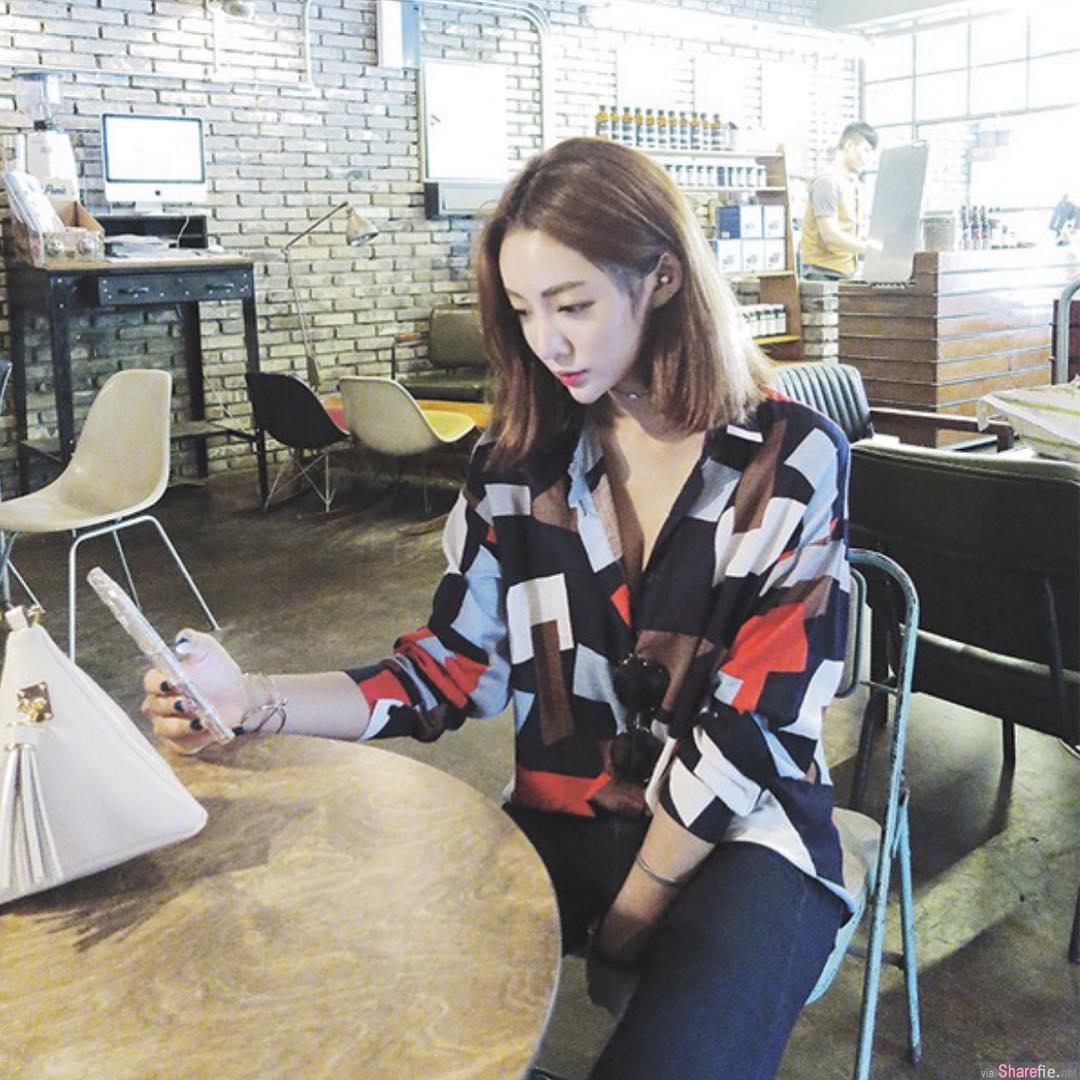 韩国IG正妹 巨乳搭配寸腰 身材凹凸的太过份