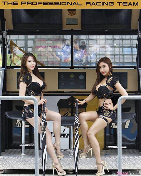 韩国车模94辣 修长美腿好诱人 网友:我是来看车头灯的