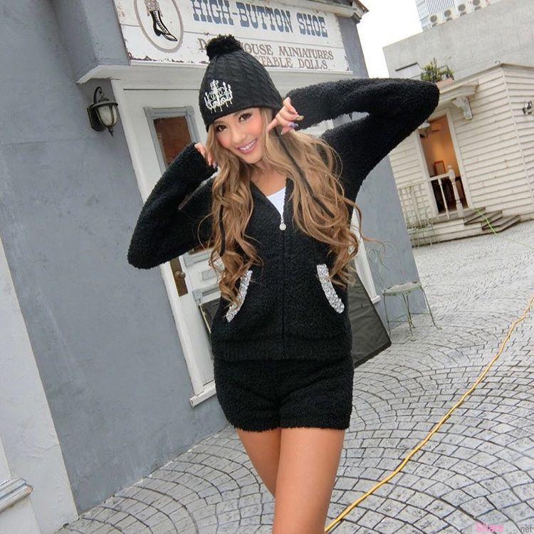 日本Dancer正妹 Karen 火辣身材蜜大腿 充满弹性与健康的美腿