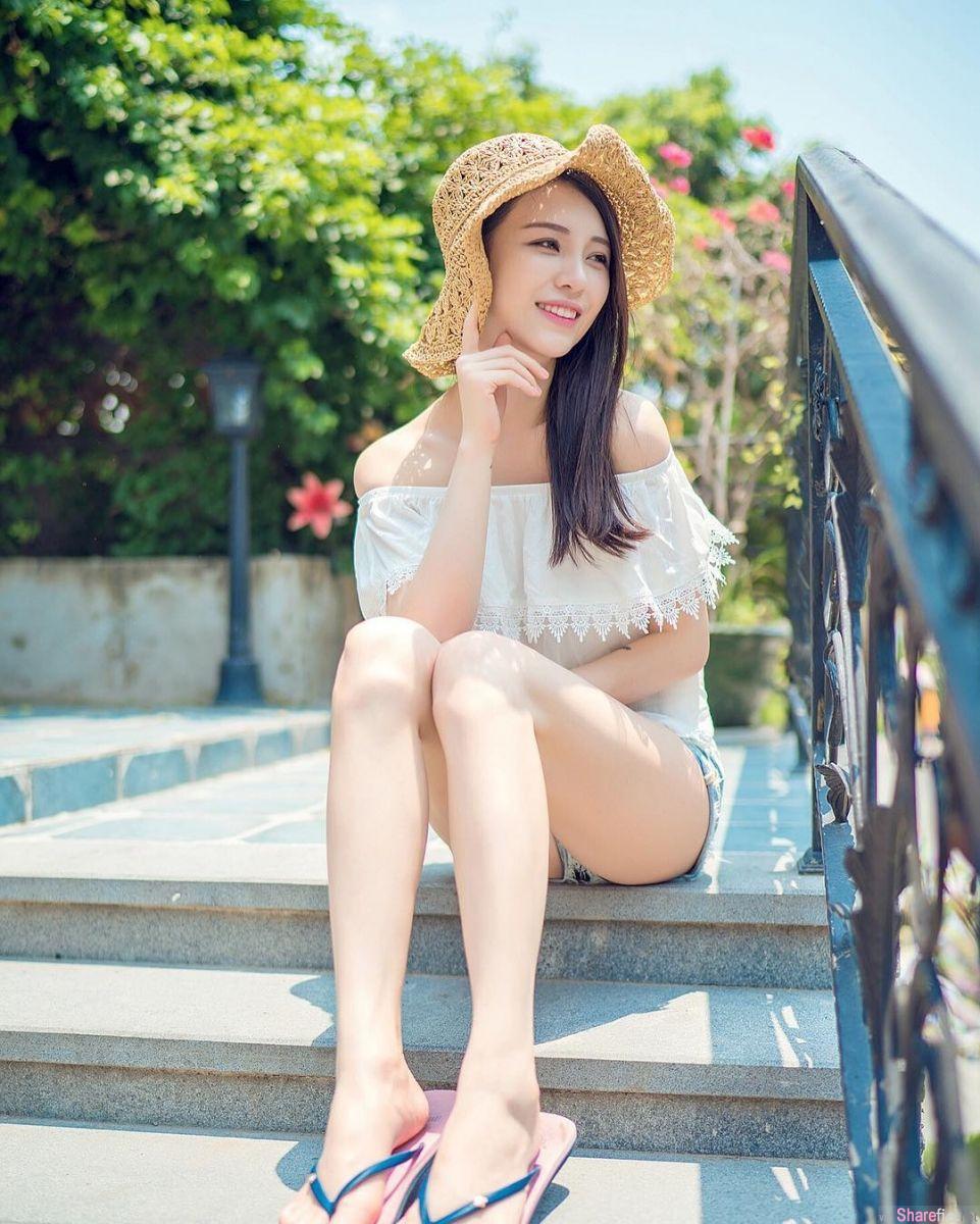 中国正妹90后麻豆 Crystal Lee 长腿巨胸秒杀所有网红