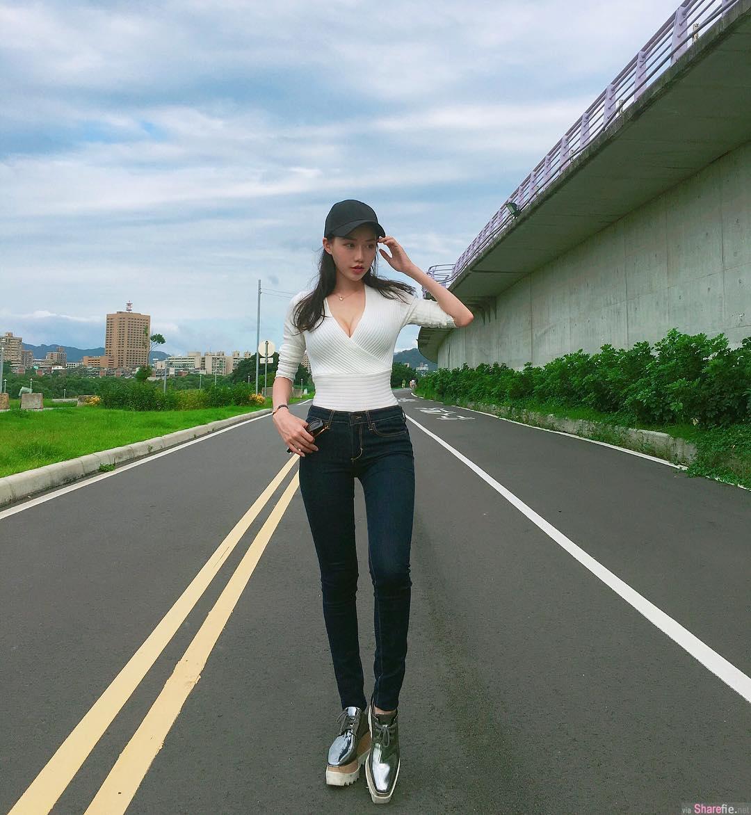 台湾长腿嫩妹韩韩 ,网友:穿这样讲电话超犯规