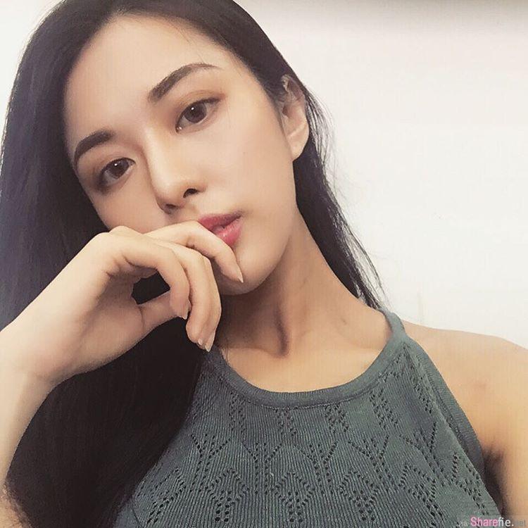 清秀睡美人Siren Hu 被偷拍  网友: 连打瞌睡都这么美