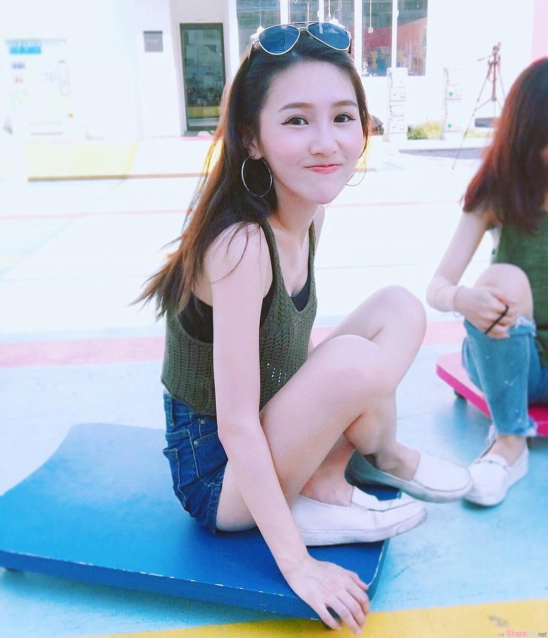白皙长腿正妹小葵,微微一笑很清甜,兇勐腹肌连女生也尖叫