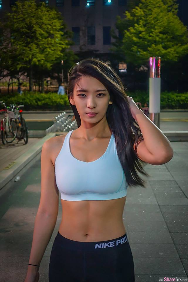 韩国大只马正妹94贊 网友: 撞脸明星!她是放大版 Hebe