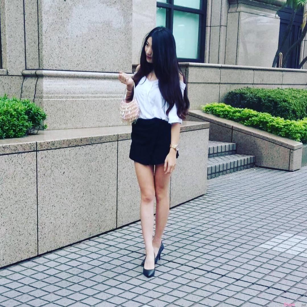 台湾健身正妹黄郁婷,曲线超棒的女孩儿  网友: 太狂了!可恶想揉