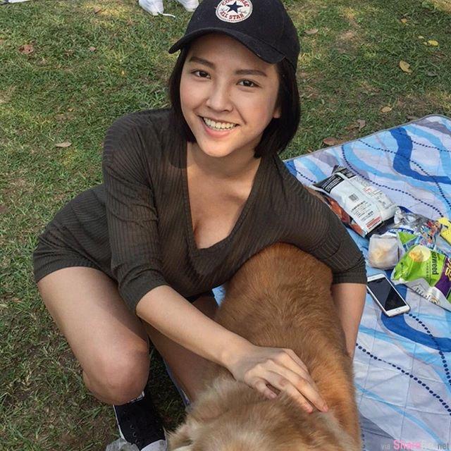 台湾校花级正妹 郑宇恩 kiwi 超火辣的迷人身段