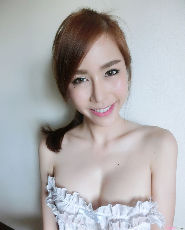 泰国正妹Apitsada Jarernsuk超兇的身材,最后一张差点让网友崩溃