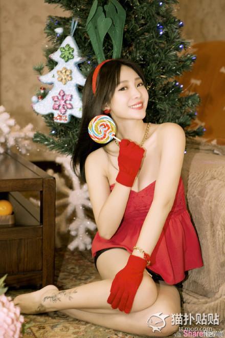 圣诞福利!!正妹圣诞装图集火辣大比拼