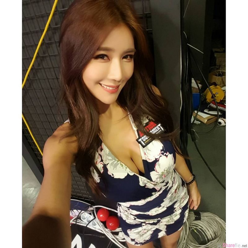 韩国正妹 朴时贤Siena 颜值惊人,美丽深沟更是让人过目不忘