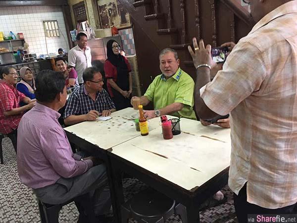 柔苏丹老街海南茶室用早餐,大方请所有顾客免费用餐。