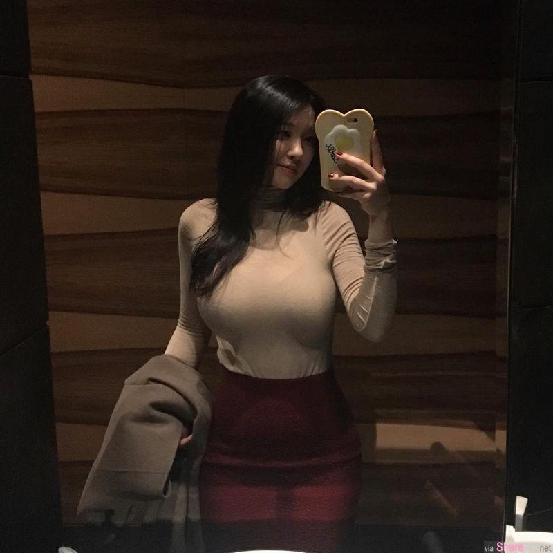 韩国正妹 seulmin 圆滚滚的肉弹让网友受不了