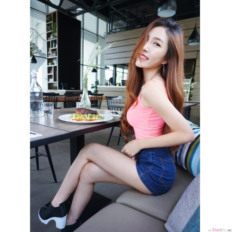 大马正妹黄薏玲Elaine Ng纤细长腿好迷人