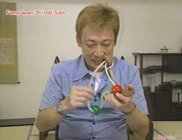 老先生花10年无法解开这个铁环益智玩具 日本节目找来多为高手相助也都束手无策 直到他的出现...
