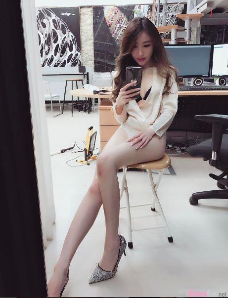 娇媚妩媚的香港正妹Libra