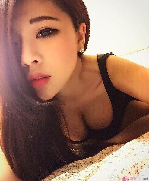 台湾长腿正妹安琪藏不住的美好,网友:我也想挤奶