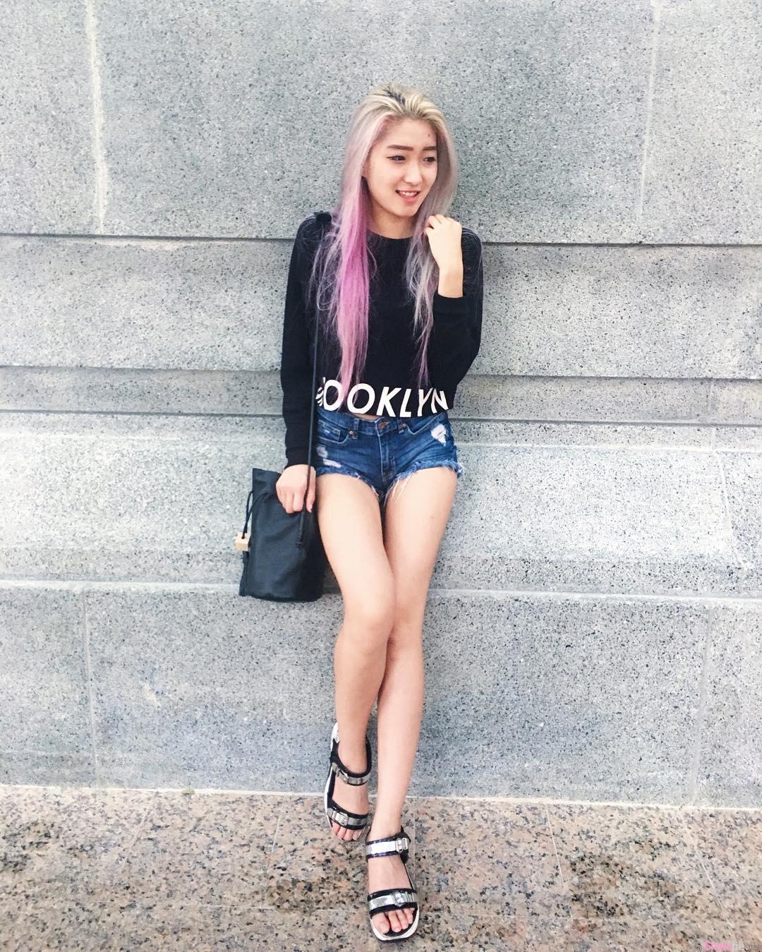 新加坡正妹 SHERRILL 性感美腿 网友:超厉害的平衡感