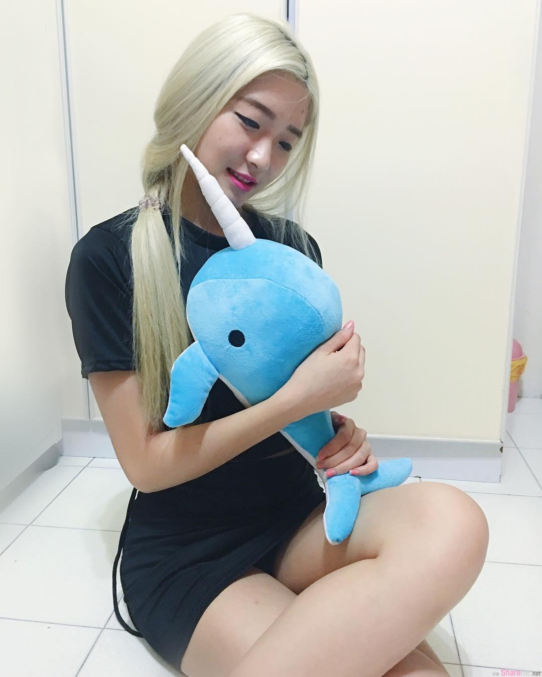 新加坡正妹 SHERRILL,性感美腿,网友:超厉害的平衡感