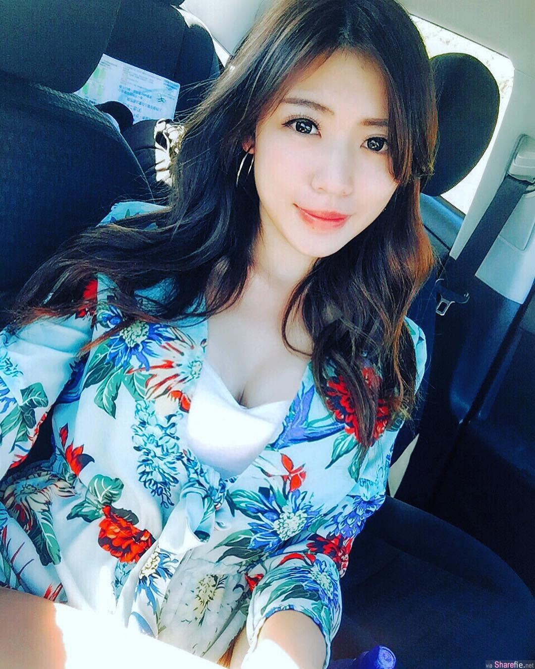 台湾正妹 KiKi 谢立琪 车展短裙亮出美腿好身材 纽西兰比基尼大放送直呼:好冷