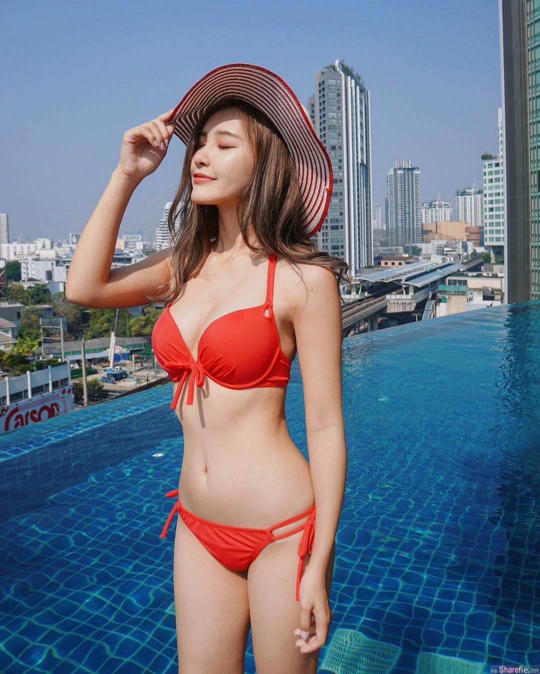 网拍正妹Vika,穿上超好卖的泳装秀出不科学蛮腰