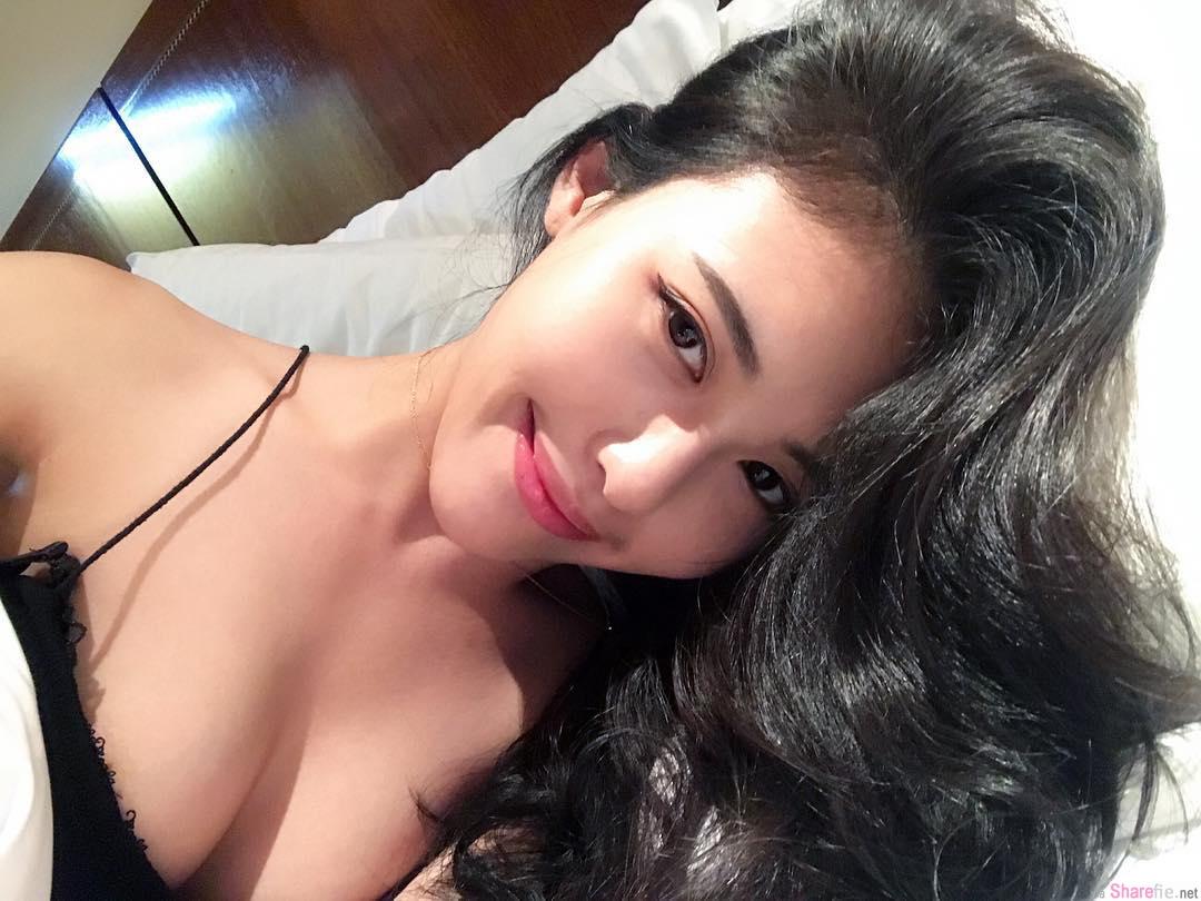 正妹空姐Hannah Chin 娜美身材,睡衣自拍超性感
