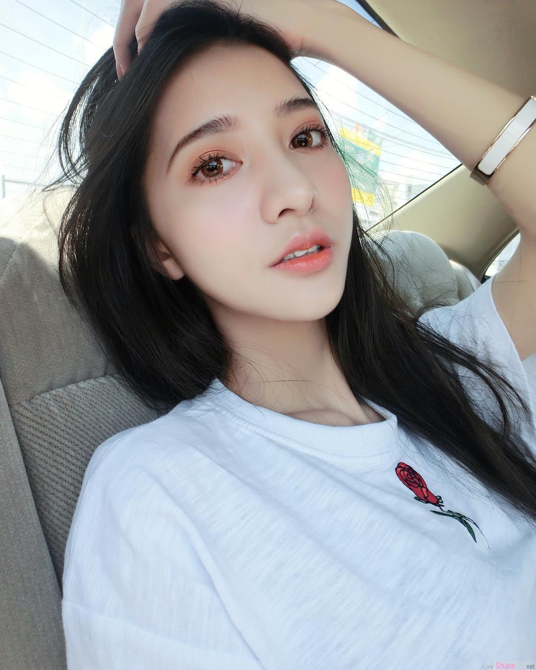 台湾正妹吕芷葇,清纯性感美胸美的不要不要的